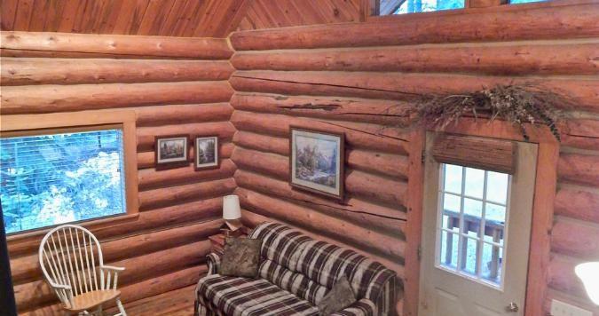 Settler cabin inside