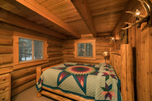 Western Pleasure Guest Ranch Hunter Private beadroom