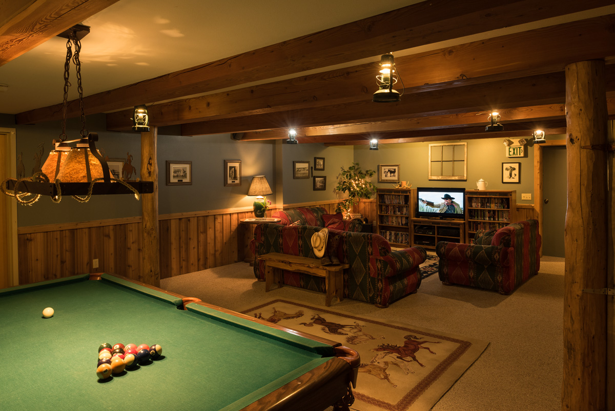 Western Pleasure Guest Ranch Rec Room