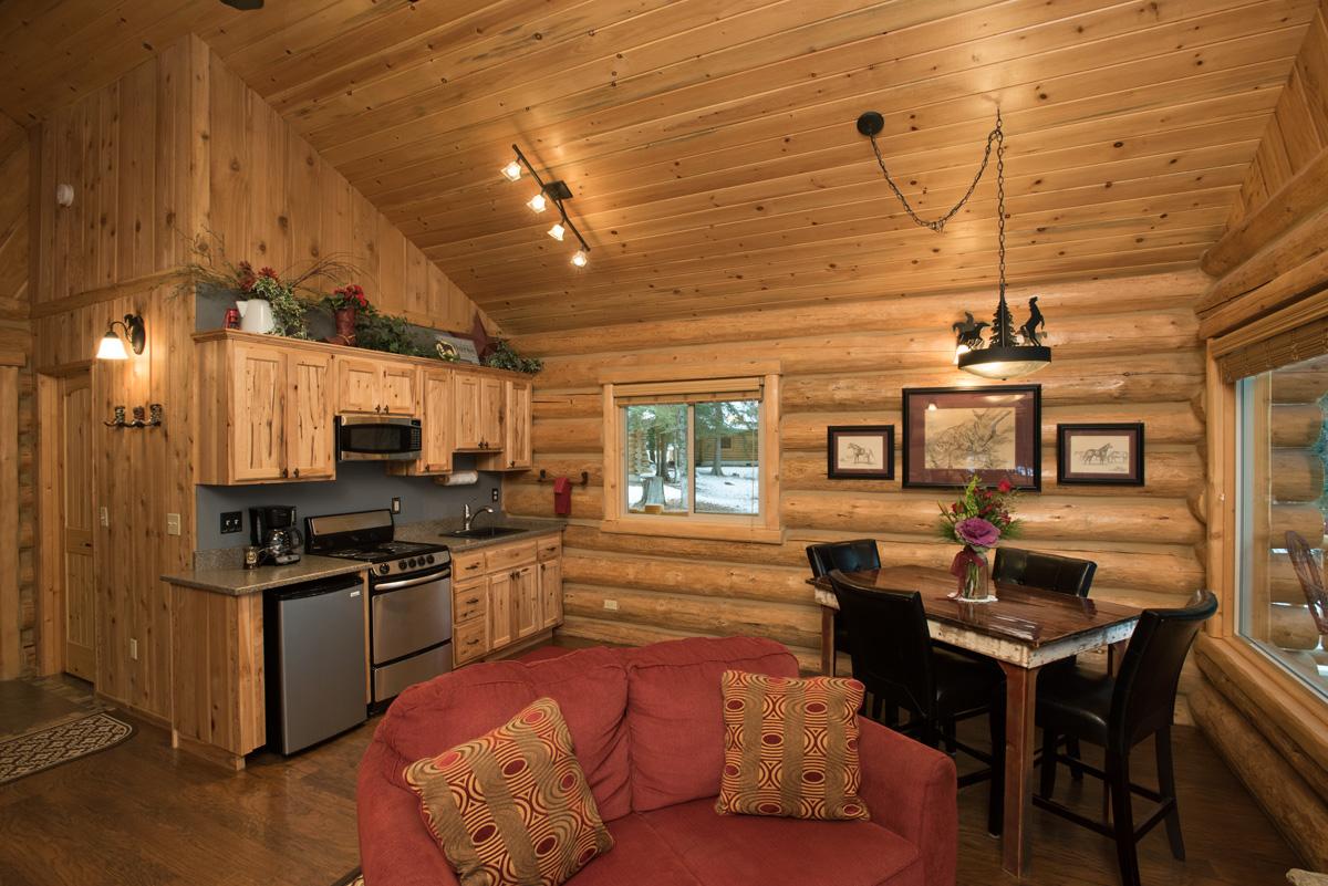 Western Pleasure Guest Ranch Meadow View Cabin